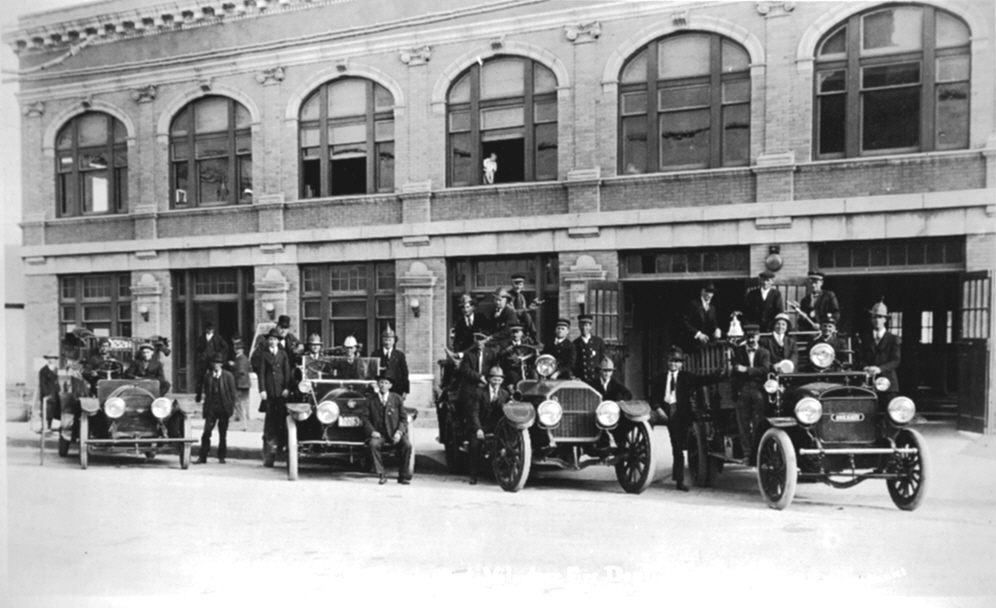 A photo of the Brownwood Fire Department in 1920